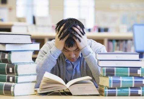 Những bất cập trong quá trình học tập của thế hệ trẻ