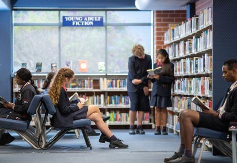 Quản trị tri thức và khả năng ứng dụng trong thư viện các trường đại học